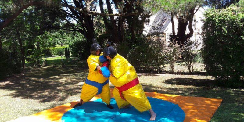 Costumes de sumos en mousse